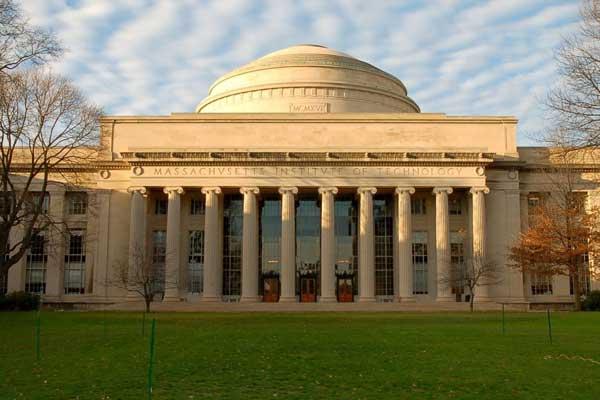 Массачусетський технологічний університет (США)